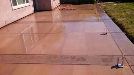 Picture of colored concrete and stamped concrete patios