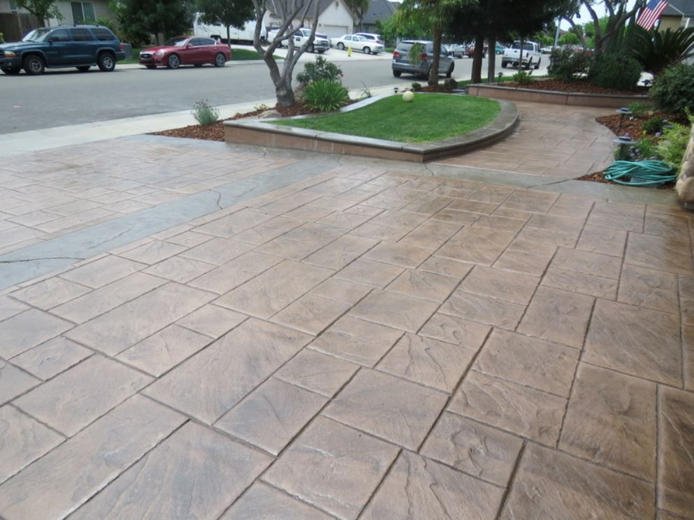 This is a picture of a stamped concrete driveway in Folsom, California
