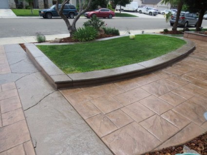 picture of stamped concrete driveway in Roseville, California