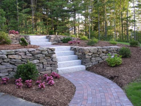 this is a picture of retaining wall contractor in roseville, ca